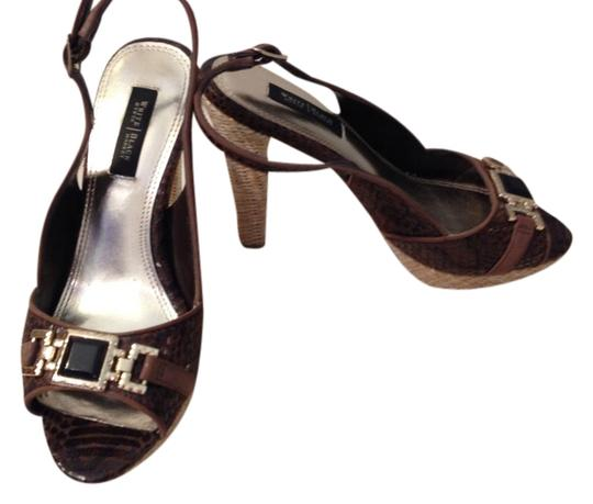 Preload https://item1.tradesy.com/images/white-house-black-market-brown-tuscany-pumps-size-us-6-1487275-0-0.jpg?width=440&height=440