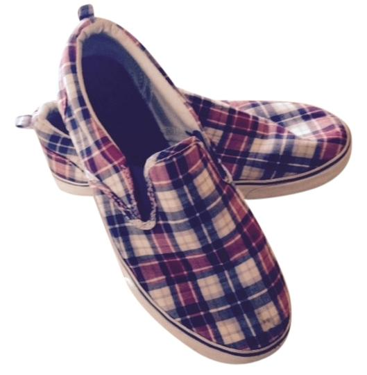 Preload https://item2.tradesy.com/images/old-navy-red-white-and-blue-loafers-flats-size-us-5-regular-m-b-1487441-0-0.jpg?width=440&height=440