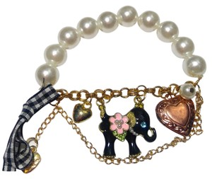 Betsey Johnson Betsey Johnson Elephant Bracelet Stretch White Pearl Black Pink J2438