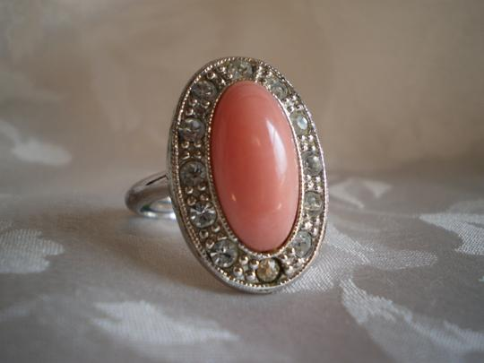 Preload https://item2.tradesy.com/images/avon-pink-vintage-cabochon-wcrystals-adjustable-ring-148756-0-0.jpg?width=440&height=440