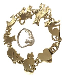 Gold colored cat bracelet with a Sterling 925 cat ring. Free shipping