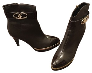 Rocawear Chocolate Brown and Gold Boots