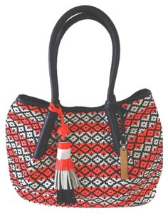 Vince Camuto Tassle & Tote in fiery coral, black and white