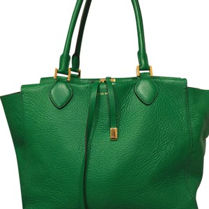 Michael Kors Satchel in Kelly Green