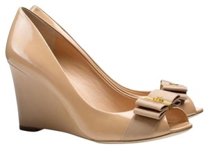 Tory Burch Nude/Camelia Pink Wedges