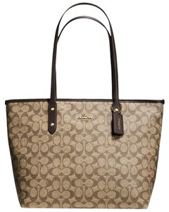 Coach Tote in Light Gold/Khaki/Brown