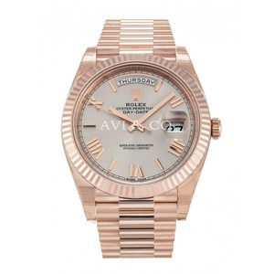 Rolex Rolex Day-Date 40 18K Everose Gold Watch Sundust Dial 228235
