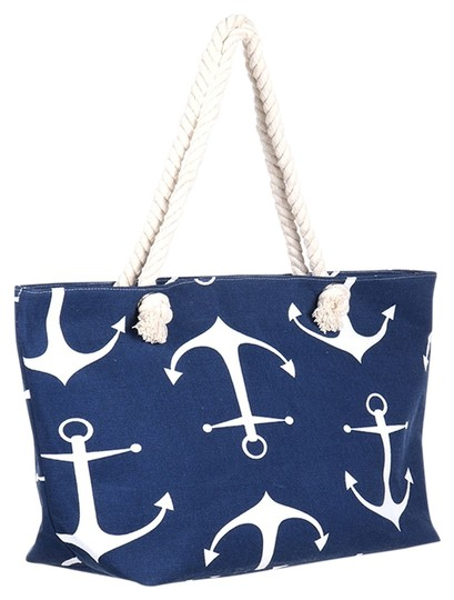 Preload https://item3.tradesy.com/images/nautical-anchor-weekend-beach-blue-white-polyester-cotton-tote-14885107-0-1.jpg?width=440&height=440