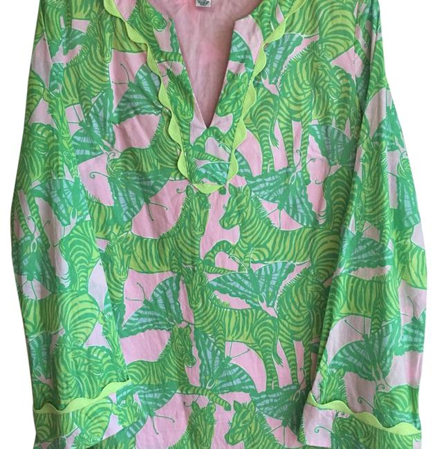 Preload https://img-static.tradesy.com/item/14886682/lilly-pulitzer-pink-zebra-and-butterfly-tunic-size-6-s-0-3-650-650.jpg