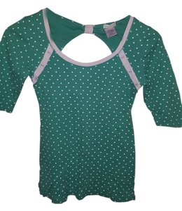 Maurices Quarter Length T Shirt Green with white polka dots