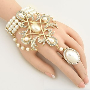 Cream Pearl Majestic Motif Hand Chain Gold Tone Rhinestone Crystal Accent Handchain Bracelet