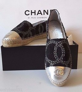 Chanel New 2016 Tweed Black Flats