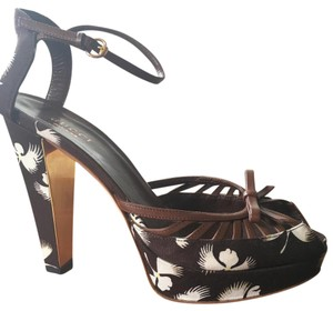Gucci Platform Sexy Sandals Gold Brown /White floral Platforms