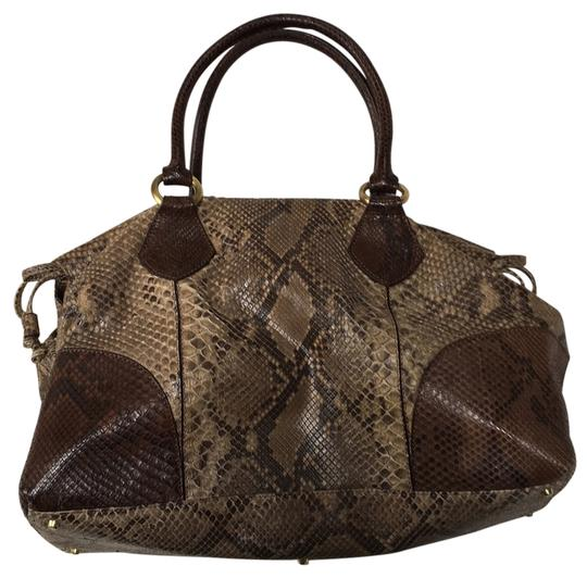 Preload https://img-static.tradesy.com/item/14889025/tones-of-brown-dark-beige-snake-skin-tote-0-1-540-540.jpg