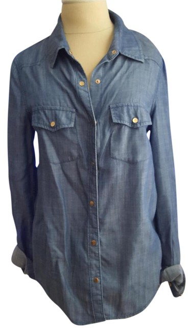 Preload https://item2.tradesy.com/images/justfab-denim-chambray-bluelong-sleeve-button-down-button-down-top-size-4-s-14889121-0-2.jpg?width=400&height=650