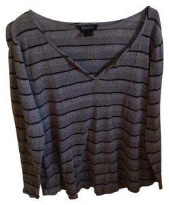 Lucky Brand Longsleeve T Shirt Grey w/ blue stripes