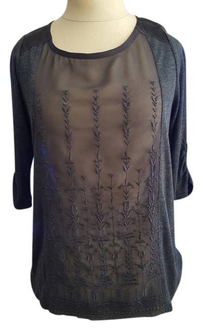 Preload https://item4.tradesy.com/images/lucky-brand-grey-blouse-size-2-xs-14889523-0-1.jpg?width=400&height=650