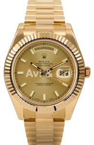 Rolex Rolex Day-Date II 18K Yellow Gold Watch Champagne Dial 218238
