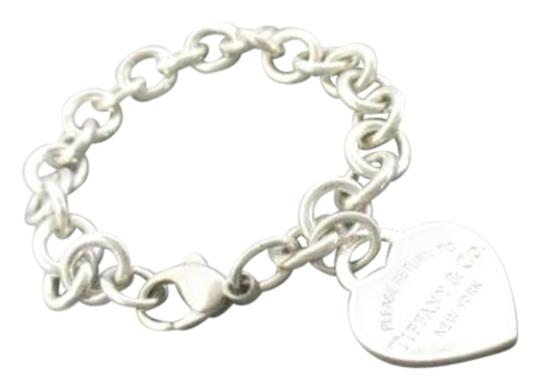 Preload https://item4.tradesy.com/images/tiffany-and-co-silver-sterling-rtt-heart-charm-bracelet-14890423-0-1.jpg?width=440&height=440