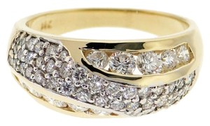 STEAL - 1.30 carats TW Diamond & 14K Yellow gold ring/band - Perfect for a Wedding/Bride