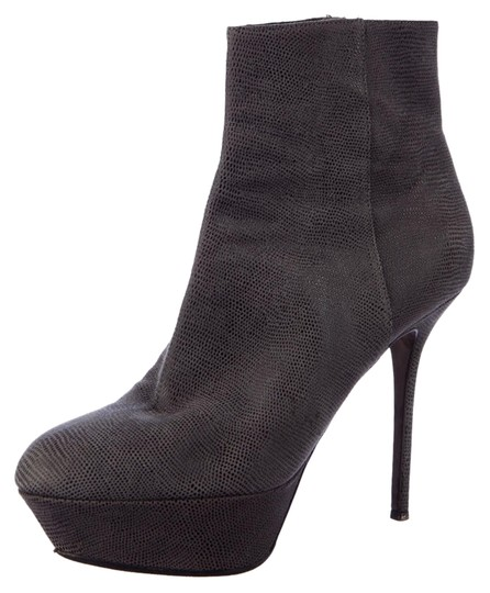 Preload https://item1.tradesy.com/images/sergio-rossi-gray-textured-leather-bootsbooties-size-us-95-regular-m-b-14891695-0-1.jpg?width=440&height=440