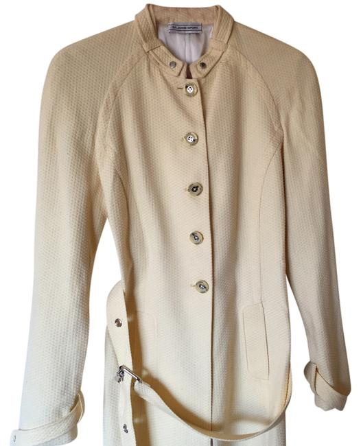 Preload https://item5.tradesy.com/images/banana-with-cream-silk-lining-spring-jacket-size-6-s-14892514-0-1.jpg?width=400&height=650