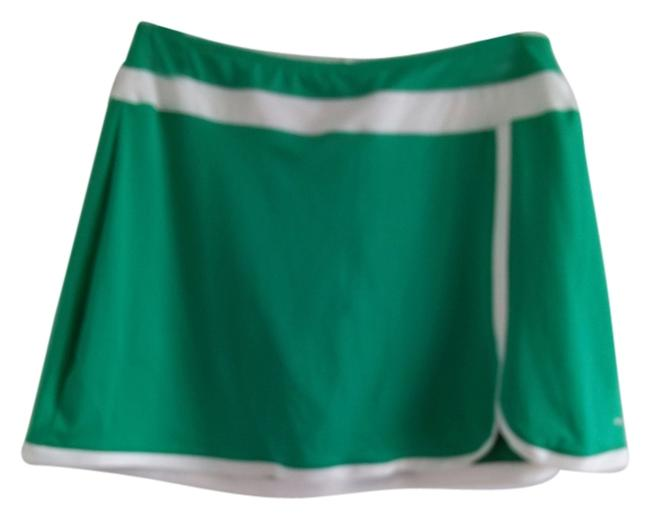 Item - Green and White Activewear Sportswear Size 12 (L, 32, 33)