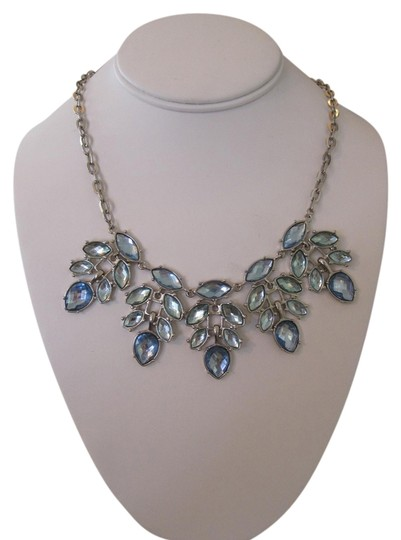 Unknown BLUE CRYSTAL STATEMENT NECKLACE