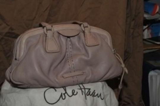 Cole Haan This Is A Very Fine Leather Soft Buttery. Leather Hand Stitched In Front. Great With Nude White And Gray. Satchel in blush/pink