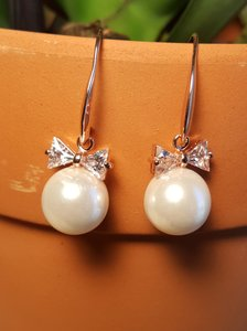 Bridesmaid Rose Gold Pearl Drop Bow Cz
