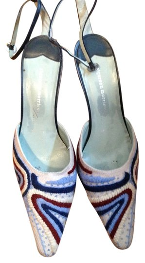 Sigerson Morrison Beaded Embroidered Cream Slingback Heels Pumps