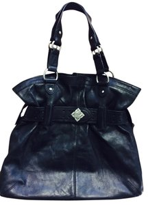 BCBGMAXAZRIA Tote in Black