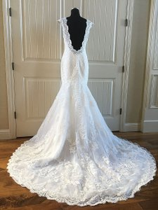 Allure Bridals Ivory English Net 9320 Wedding Dress Size 8 (M)