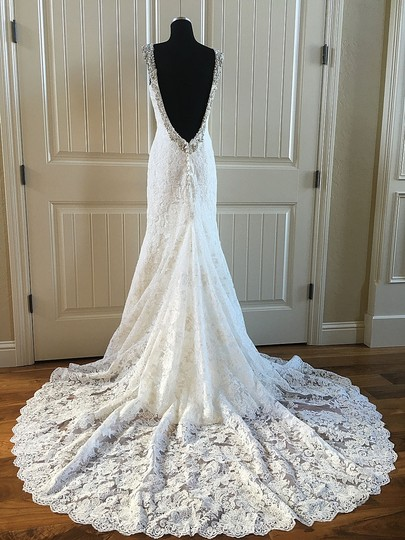 Preload https://item5.tradesy.com/images/allure-bridals-ivory-lace-c261-formal-wedding-dress-size-6-s-14900419-0-0.jpg?width=440&height=440