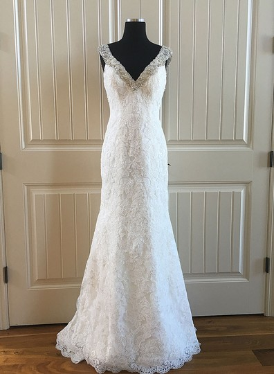 Allure Bridals Ivory Lace C261 Formal Wedding Dress Size 6 (S)