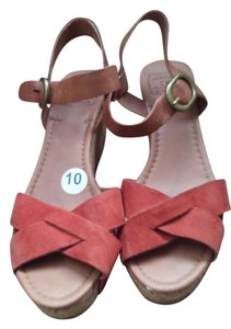 Lucky Brand Orange tan Sandals