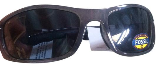 Preload https://item5.tradesy.com/images/fossil-grey-and-black-sunglasses-14901424-0-1.jpg?width=440&height=440