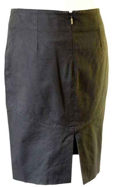 Preload https://item2.tradesy.com/images/gucci-olive-forest-green-knee-length-skirt-size-6-s-28-14901511-0-1.jpg?width=400&height=650