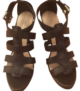 f3e81ce6d2de1 Nine West Sandals - Up to 90% off at Tradesy
