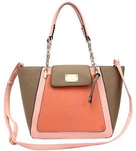 Tote in Coral