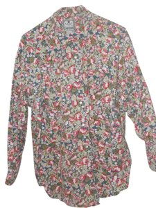 Chamonix Long Sleeved 100% Cotton Shirtwaist Top various reds and greens mixed floral