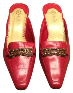Bella Vita Red Mules