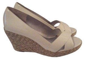 RSVP Espadrille White pantent Wedges