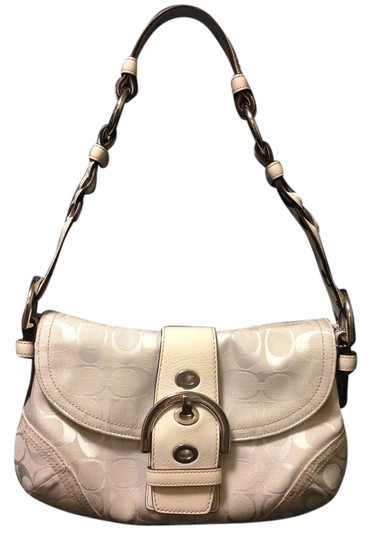 Preload https://item5.tradesy.com/images/coach-white-signature-canvas-and-leather-shoulder-bag-1490914-0-0.jpg?width=440&height=440