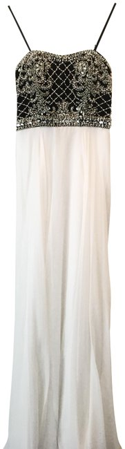 Preload https://item3.tradesy.com/images/morrell-maxie-white-and-black-embellished-a-line-long-formal-dress-size-4-s-14910217-0-3.jpg?width=400&height=650