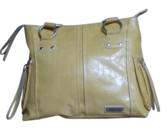 Preload https://item1.tradesy.com/images/kenneth-cole-reaction-yellow-shoulder-bag-14911060-0-1.jpg?width=440&height=440