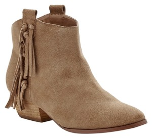 c6216a361 Sole Society Boots & Booties Up to 90% off at Tradesy