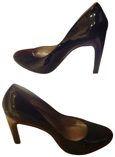 The Limited Black Pumps