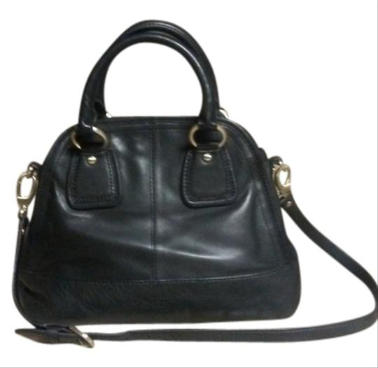 Preload https://img-static.tradesy.com/item/14911840/talbots-collection-black-leather-shoulder-bag-0-1-540-540.jpg