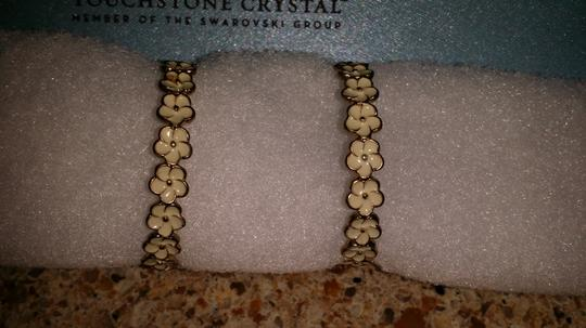 Forever 21 Forever 21 Cream Colored Floral Hoops